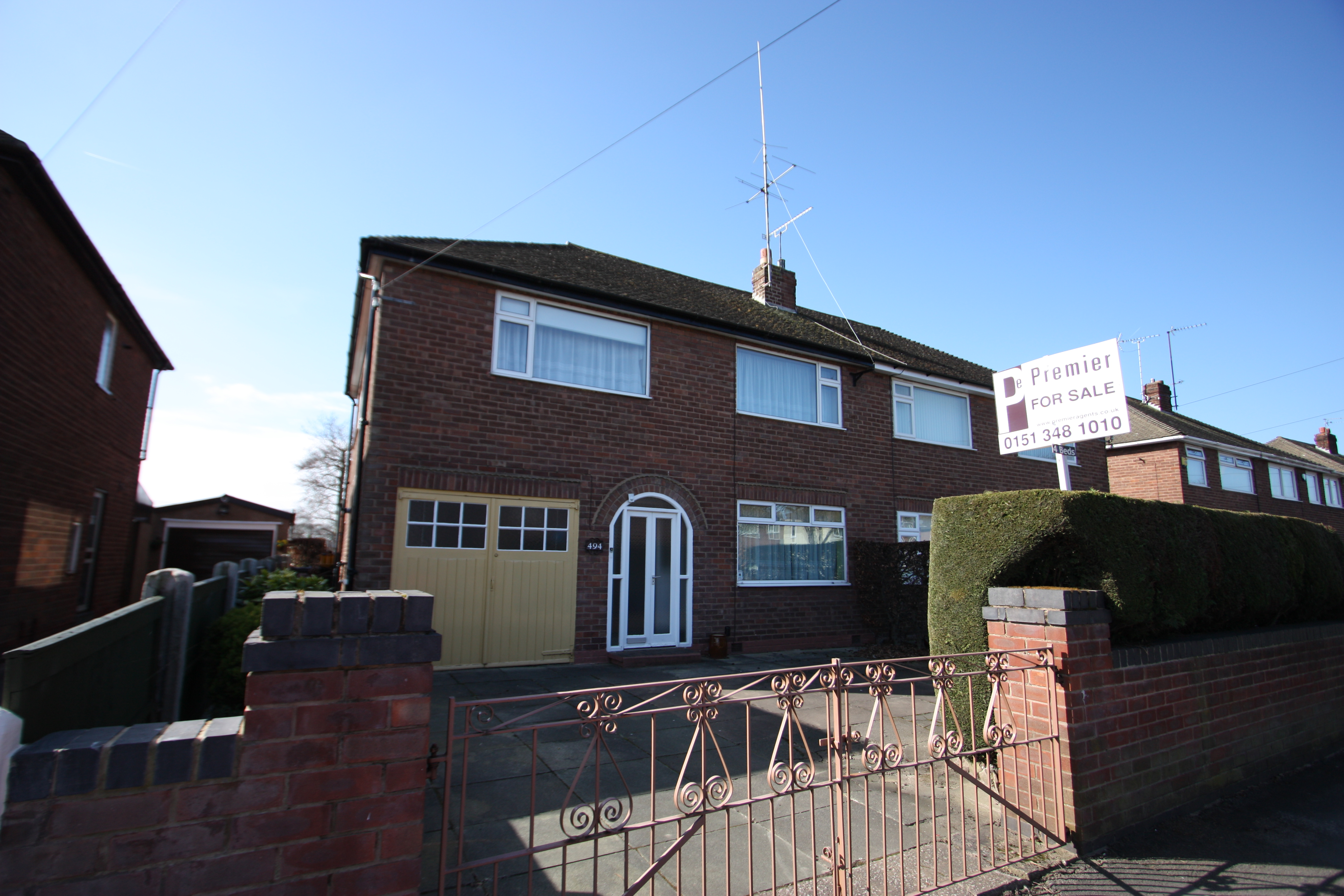 NEW FOR SALE !!  4 BEDROOM PROPERTY IN WHITBY