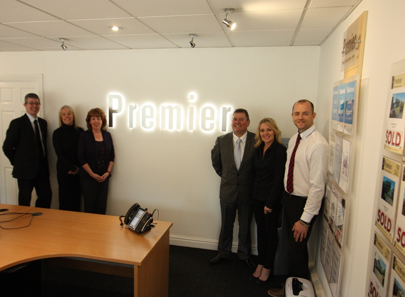 Meet the team at PREMIER ESTATE (&LETTING) AGENTS LTD